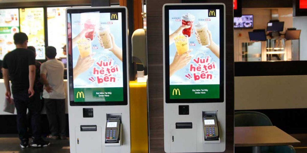 Man hinh cam ung cong nghiep kiosk